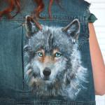 kurtka z wilkiem malowanym